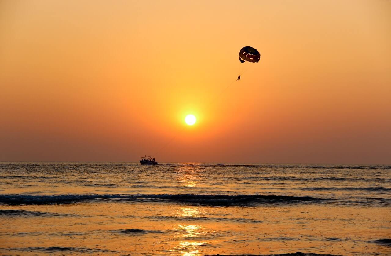 Conheça as competições de paraquedismo pelo mundo e como participar