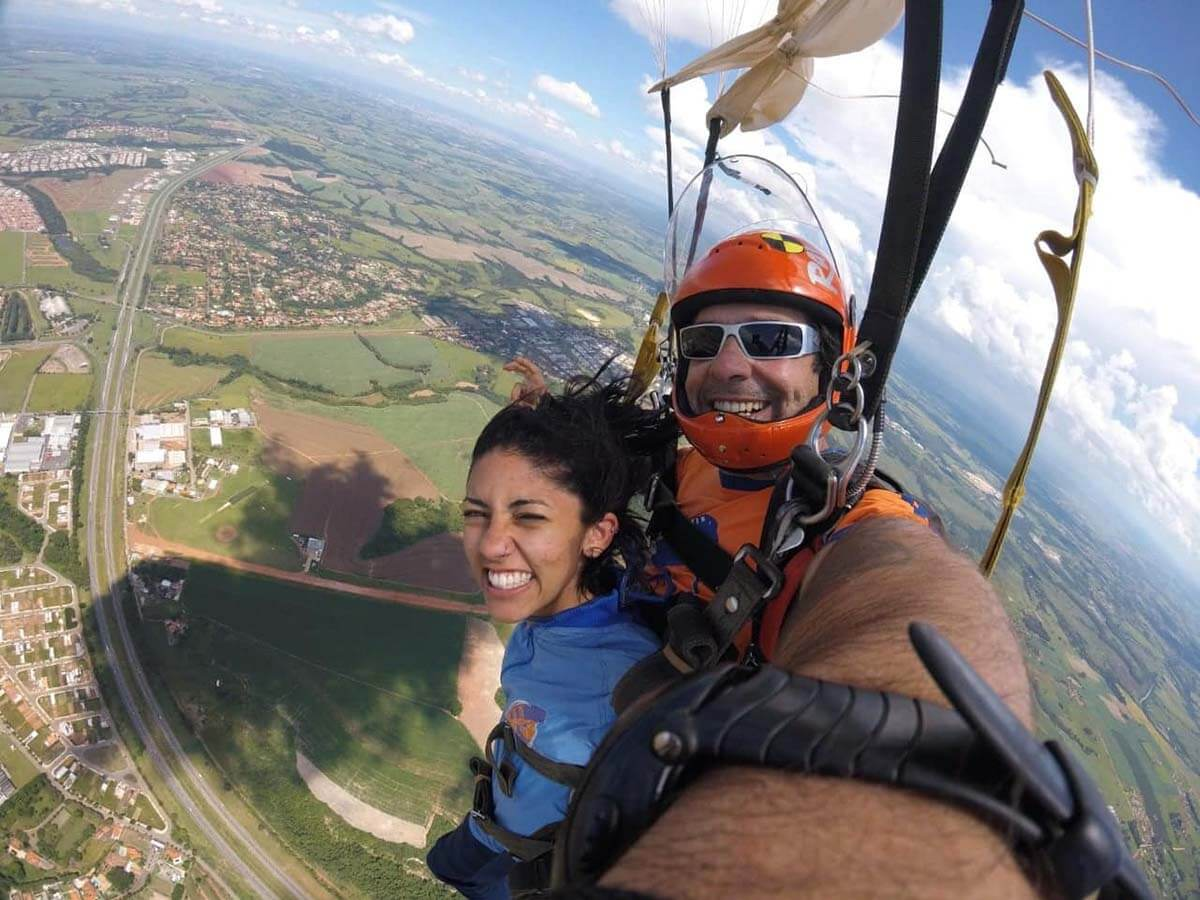 Luana Sudré: Minha experiência para encontrar uma escola de paraquedismo