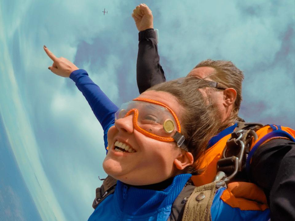 Dia da velocidade: Saiba mais sobre essa data e sua relação com o paraquedismo