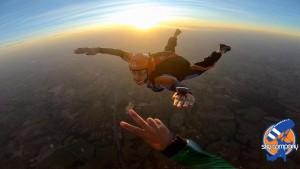 saltar-de-paraquedas-sozinho