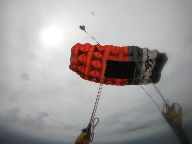 Produção do paraquedas