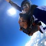 Altura de um salto de paraquedas