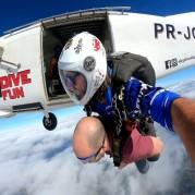 Curiosidades sobre avião para salto de paraquedas