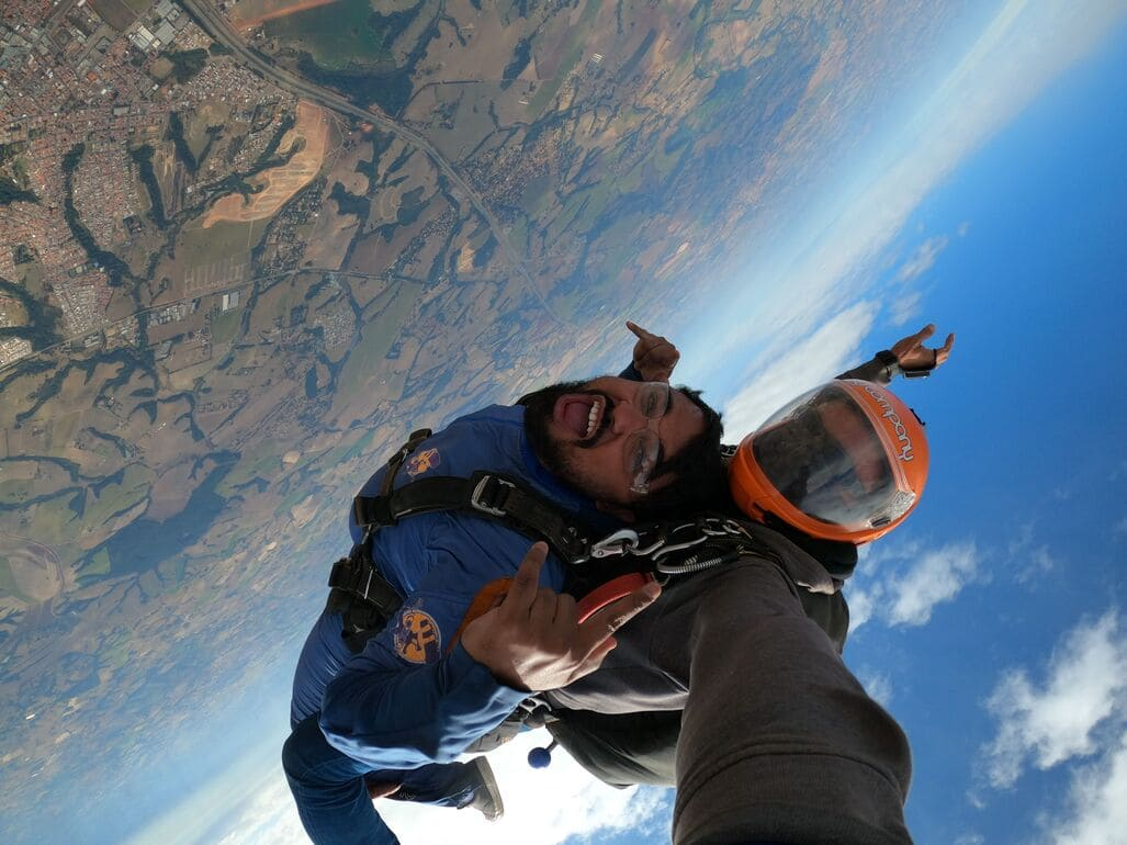 Desculpas que não devem te fazer adiar seu salto de paraquedas