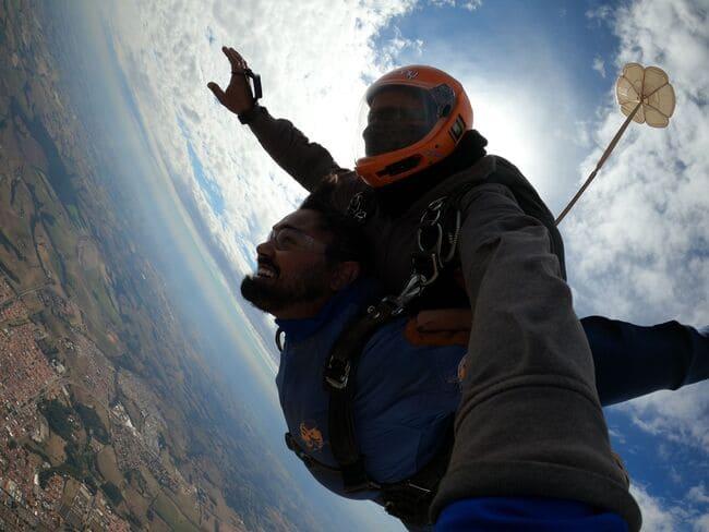 Dicas para se preparar para o salto de paraquedas