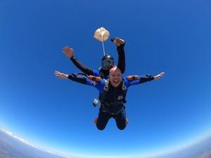 Dicas para pular de paraquedas no inverno