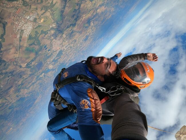 Como se preparar para o salto de paraquedas
